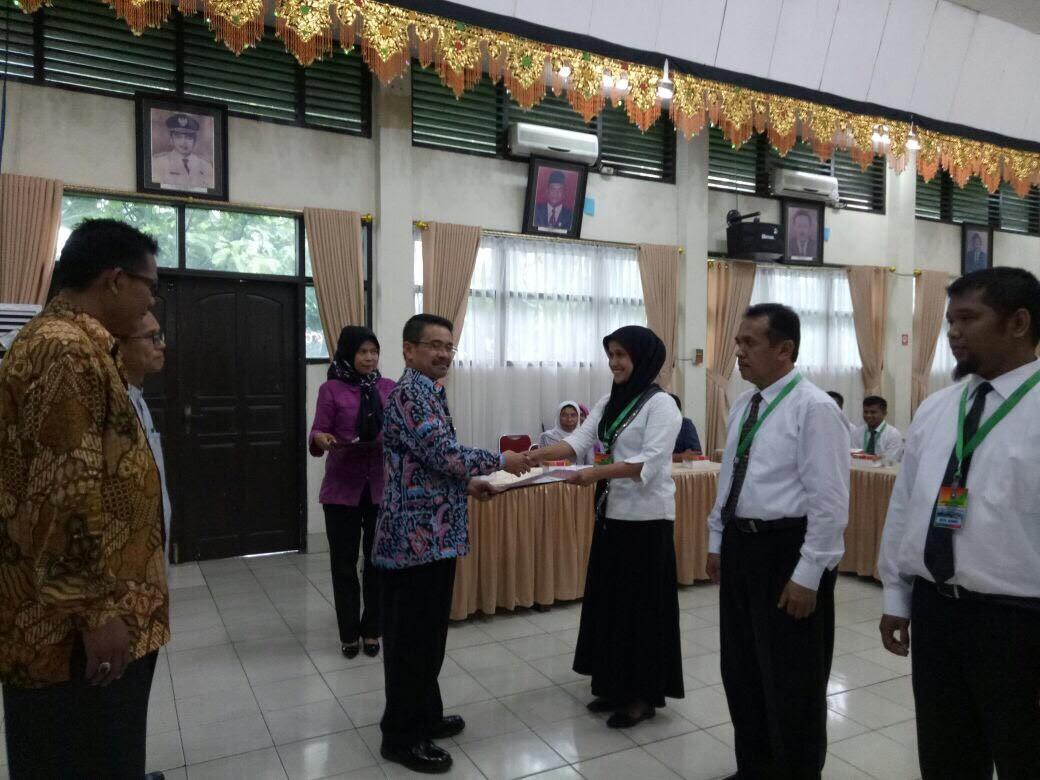 Penutupan Diklat Pengelolaan Keuangan Daerah Angkatan III di Lingkungan Pemerintah Kab. Solok